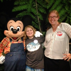 Meeting Mickey Mouse at Garden Grill, Epcot